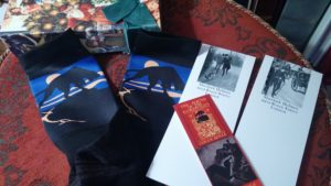 Hound of the Baskervilles Box Set: Notepads, Socks, and The Hound Bookmark