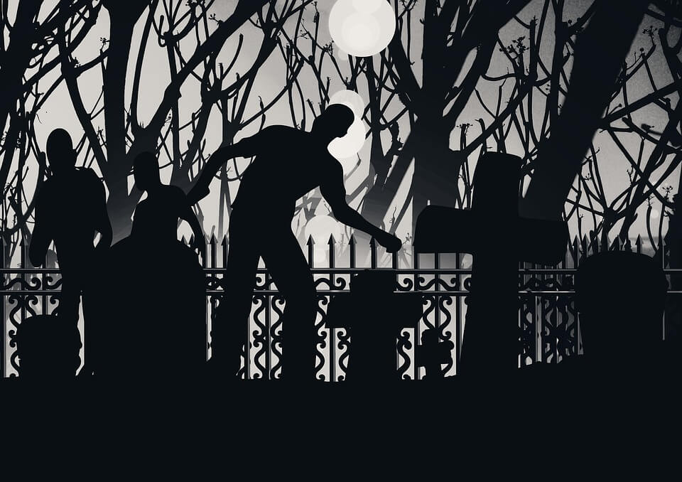 Top 10 Most Chilling Ghostly Tales to Read This Winter