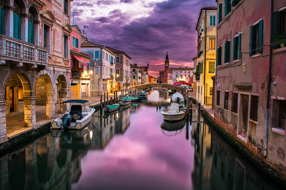 A Deadly Seduction: Venice in Four Acts