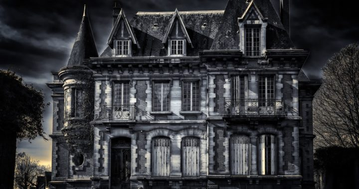 Can a House be Character in a Novel? We have sinister homes for you!